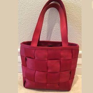 HARVEY'S The Original Seatbelt Bag Red Bag Tote